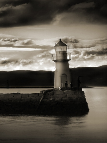 Black and White Lighthouse Wallpaper