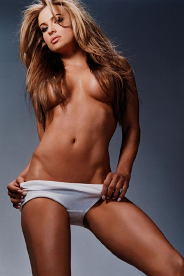 Carmen Electra Topless Wallpaper